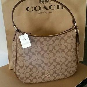🌷NEW●Authentic Coach Shoulder Bag 🌷